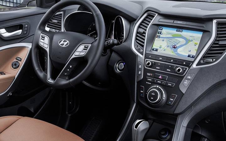 Интерьер Hyundai Santa Fe 2019