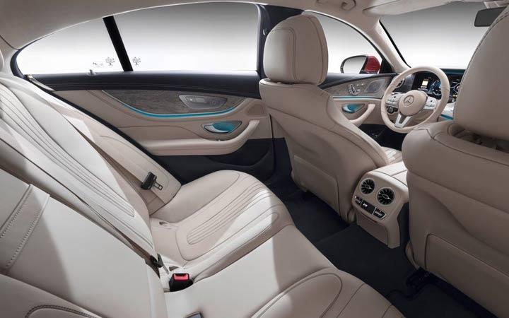 Интерьер Mercedes CLS 2019