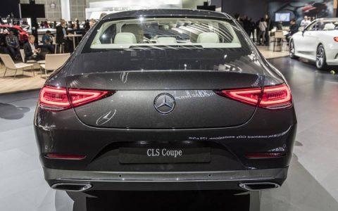 Задний бампер Mercedes CLS 2019 года