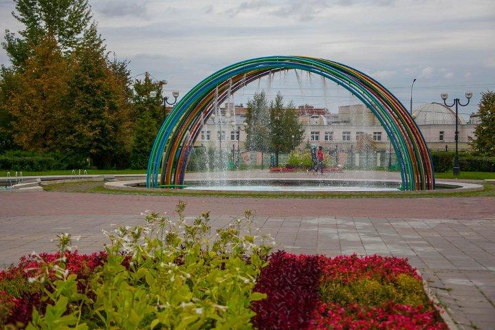 фонтан детские аттракционы в парке в Южном Бутово