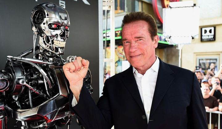 Арнольд Шварценегер и робот