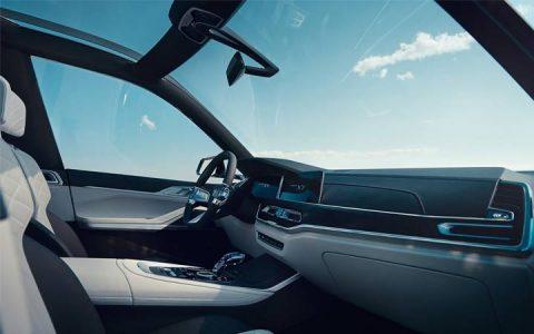 Интерьер BMW X7 2019