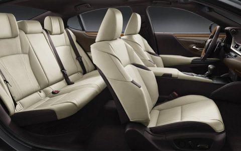 Салон нового Lexus ES 2019