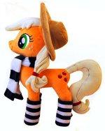 лошадь в шляпке и с шарфом