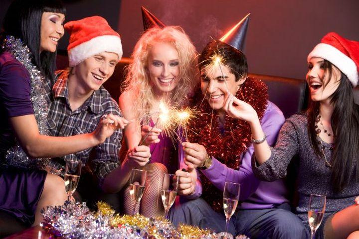 Новогодние каникулы в 2019 году и январские праздники: как отдыхаем, даты переносов