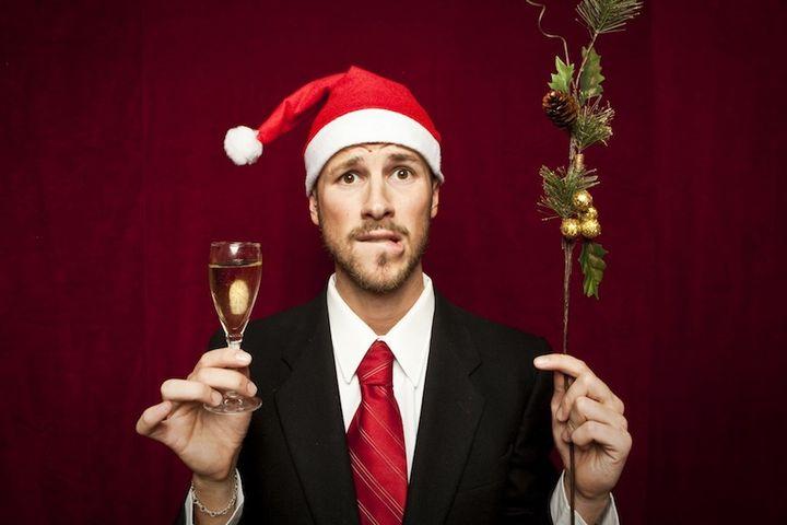 Дед Мороз с шампанским