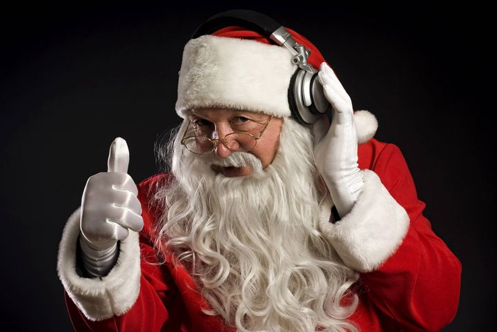 Дед Мороз в наушниках