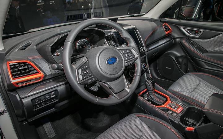 Интерьер Subaru Forester Sport 2019