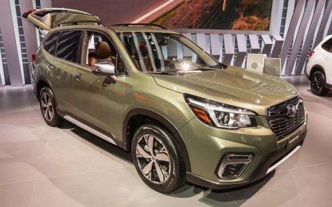 Экстерьер Subaru Forester 2019 года