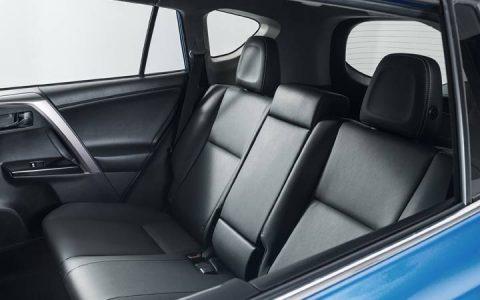 Салон RAV4 2019 года от Toyota