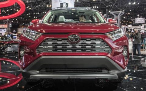 Новый Toyota RAV4 представленный в Нью-Йорке