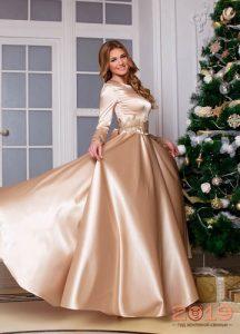 Кремовое новогоднее платье на 2019 год