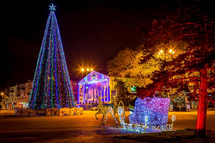 Новогодняя елка в Анапе