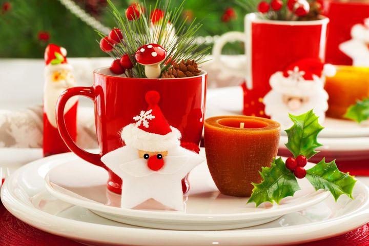 Новогодняя свечка и чашка