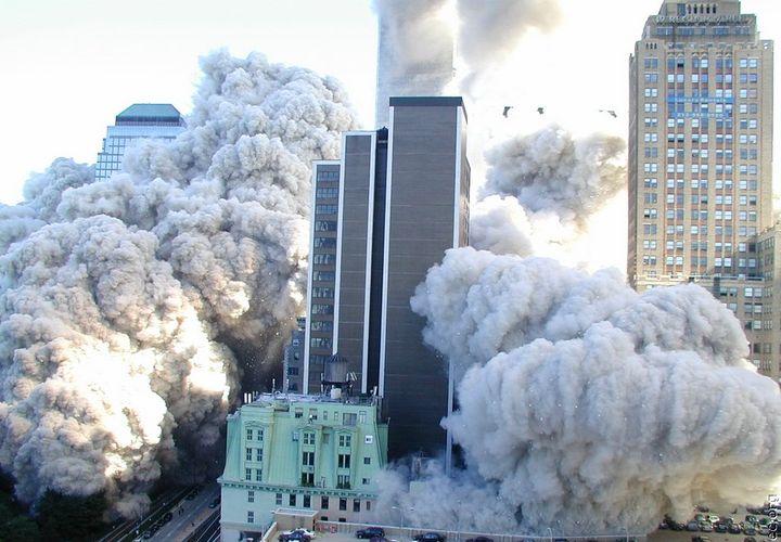 Разрушение башен-близнецов