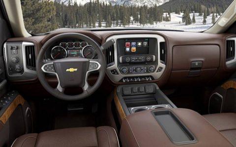 Интерьер Chevrolet Silverado 2019