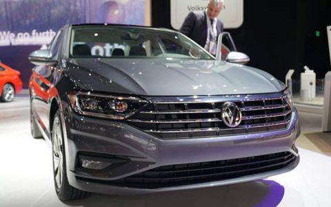 Volkswagen Jetta 2019 в сером цвете