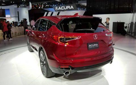 Задний бампер Acura RDX 2019