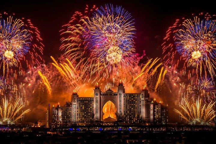фейерверк в Дубаях