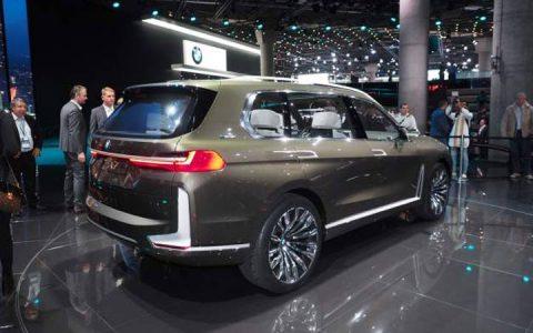 Новый стиль BMW X7 2019