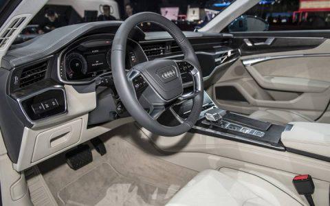 В салоне Audi A6 2019