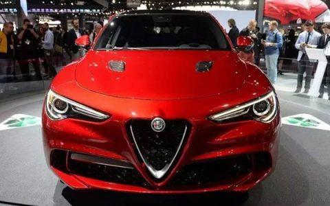 Экстерьер Alfa Romeo Stelvio 2019 года