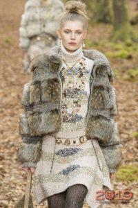 Модная шуба от Шанель осень-зима 2018-2019
