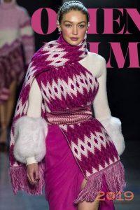 Яркий шарф осень-зима 2018-2019