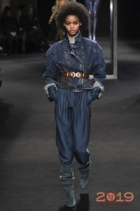 Джинсовый костюм мода 2019 года