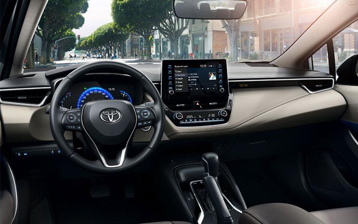 Интерьер Toyota Corolla Prestige 2019