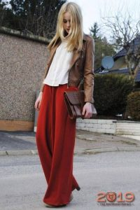 Широкие брюки длины макси