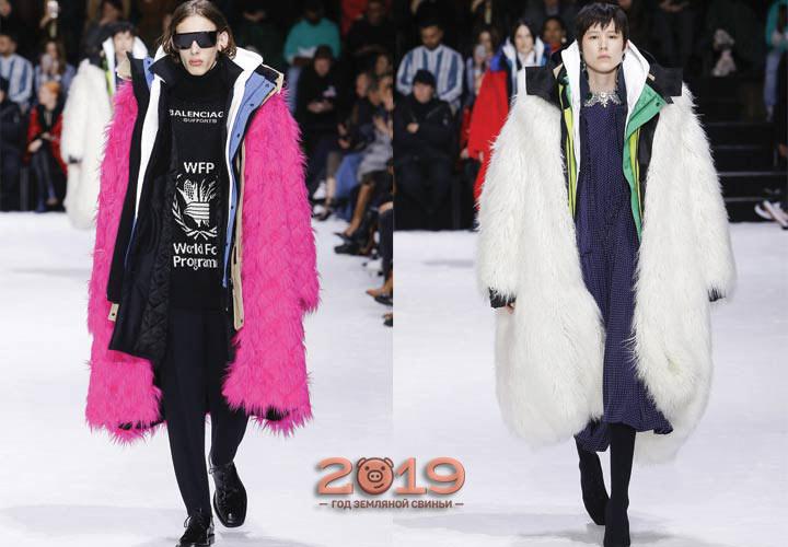 Длинная куртка из искусственного меха мода 2019 года