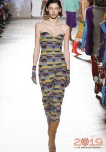 Модное платье с бюстье зима 2018-2019