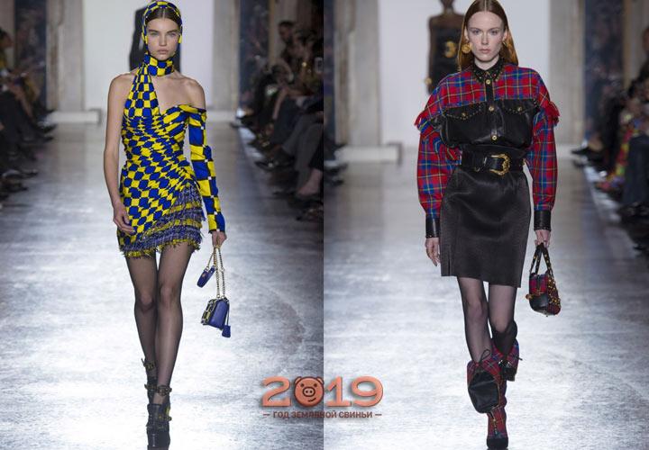 Платье Версаче зима 2018-2019