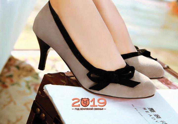 Классические низкие туфли осень 2018-2019