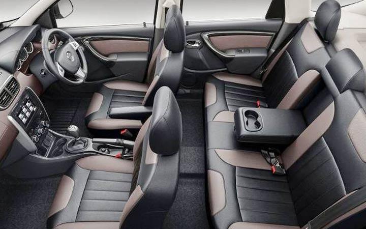 В салоне Nissan Terrano 2018-2019 года