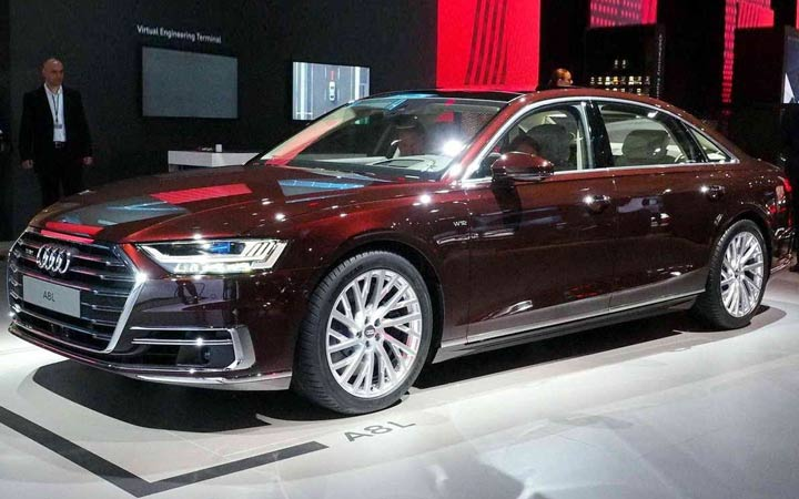 Экстерьер Audi A8 2018-2019