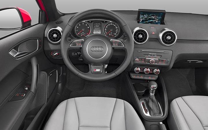 Интерьер Audi A1