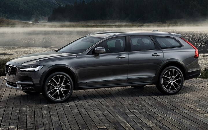 New Volvo V90 Cross Country 2019
