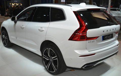 Задняя оптика Volvo ХС60 2018-2019