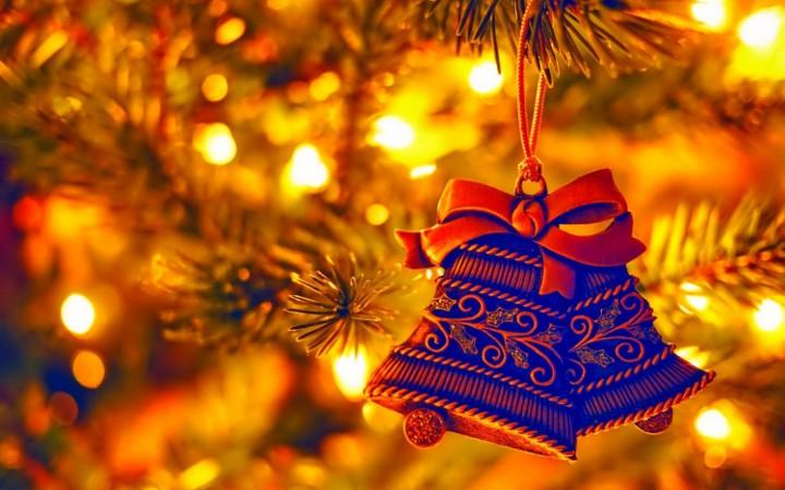 елочная игрушка колокольчики на елке