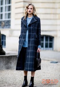 Модное клетчатое пальто зима 2018-2019