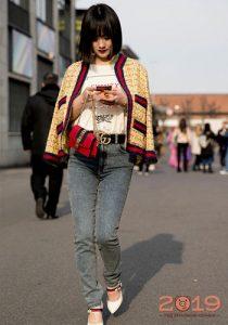 Уличная мода 2019 стильные джинсы