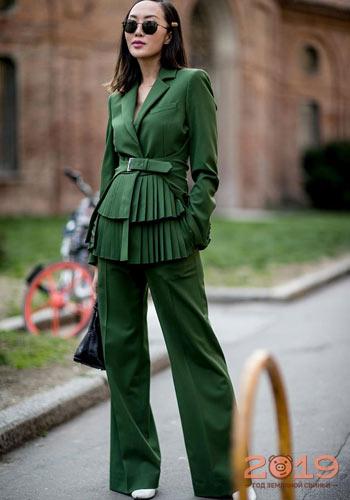 b42c5b2fe2e Брючный костюм уличная мода 2018-2019 года