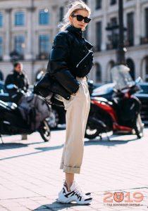Кроссовки уличная мода 2019 года