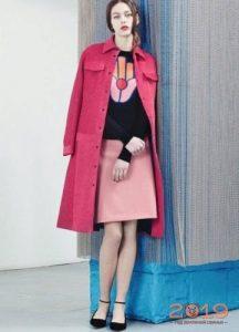 Розовое пальто зима 2018-2019
