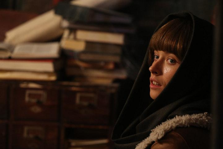 кадр из фильма Эбигейл