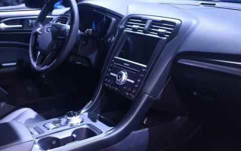 Центральная консоль Форд Мондео 2019