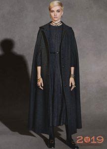 Модный кейп от Диор