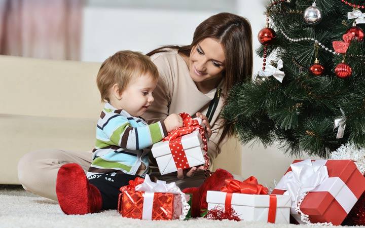 Новогодние подарки для самых маленьких на 2019 год